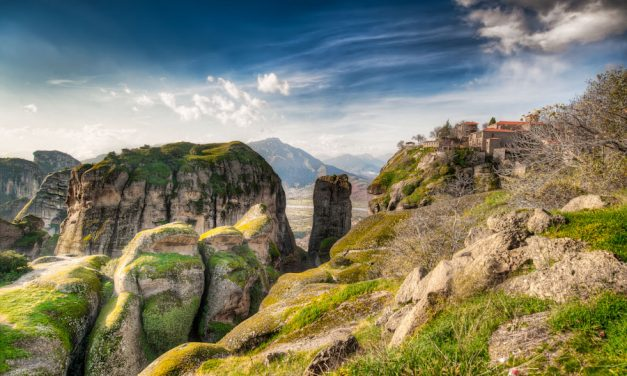 Meteora – The Valley of Light