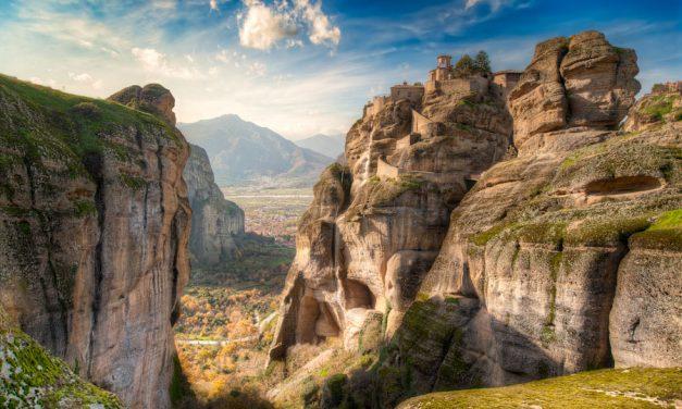 Meteora – High Up Above