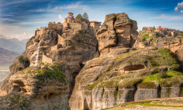 Meteora – Twin Monasteries