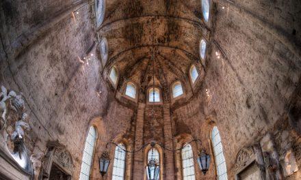 The Chapel – (Igreja do Carmo)