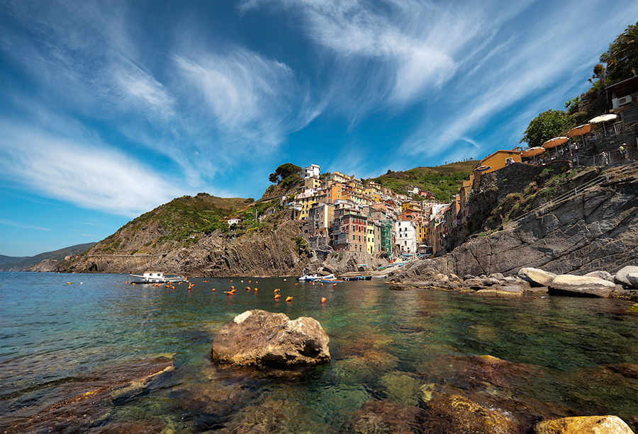 Summer On The Rocks || Riomaggiore