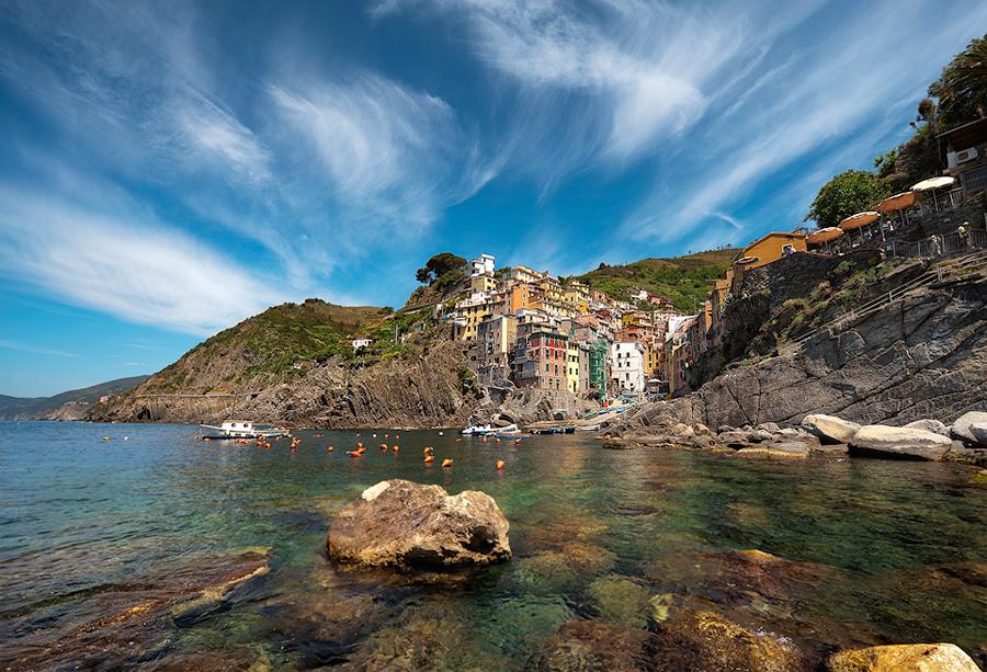 Summer On The Rocks || Riomaggiore