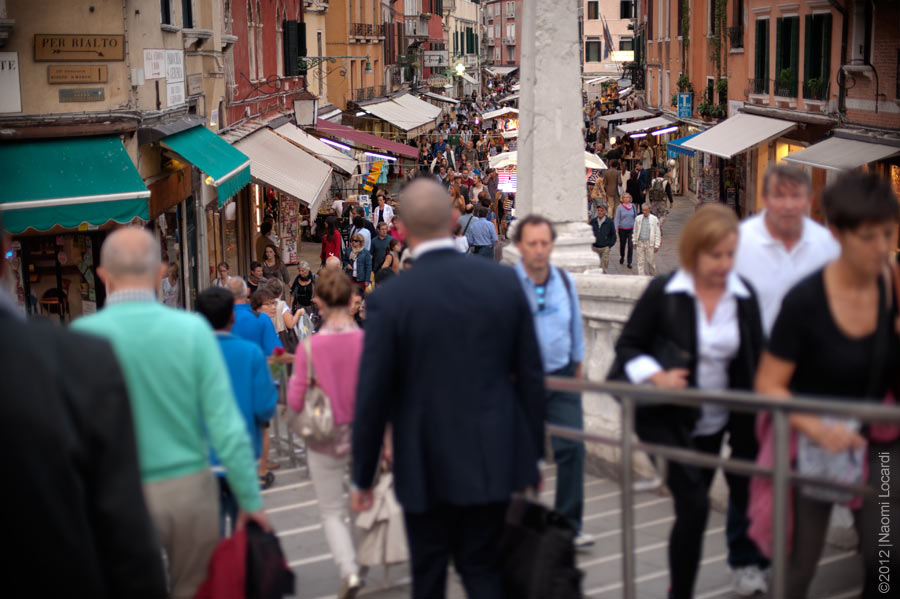 Venice-Italy-Crowd-of-people