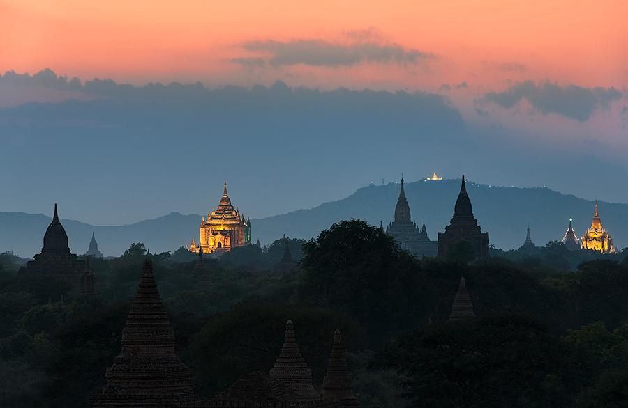 Temple Twilight   Bagan, Myanmar
