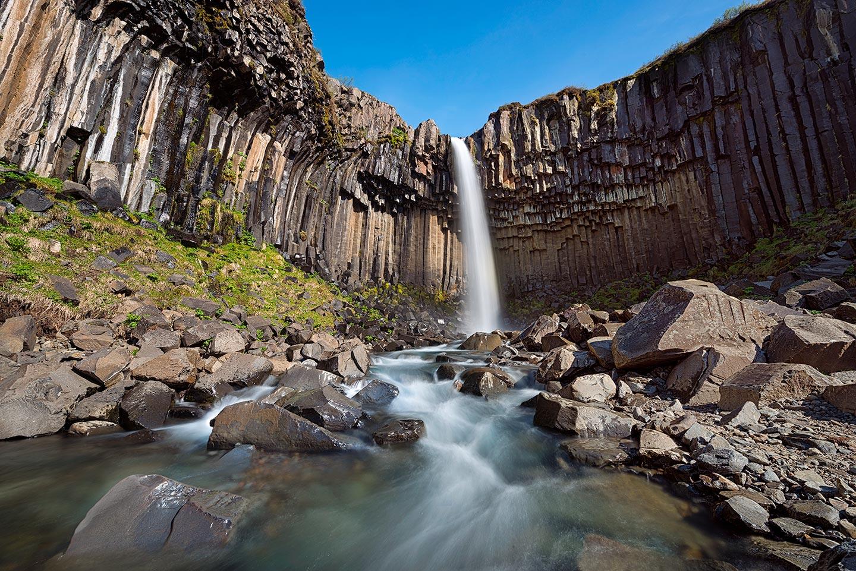 Elia Locardi Svarifoss Iceland