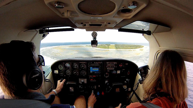 06-elia-landing-lady-elliot-island-australia
