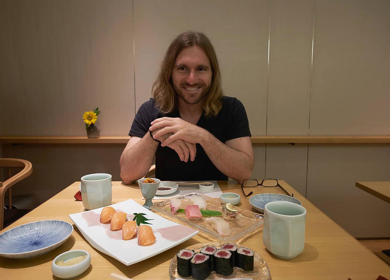 08-elia-sushi-stopover-japan
