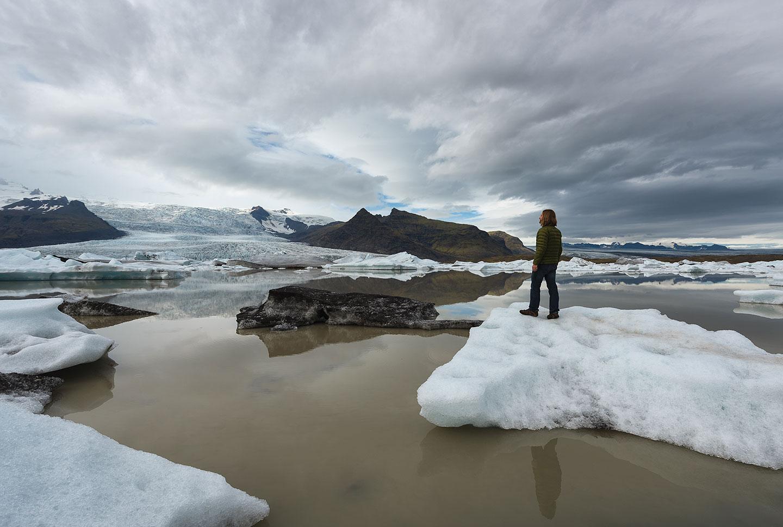 09-Iceburg-Selfie-Full