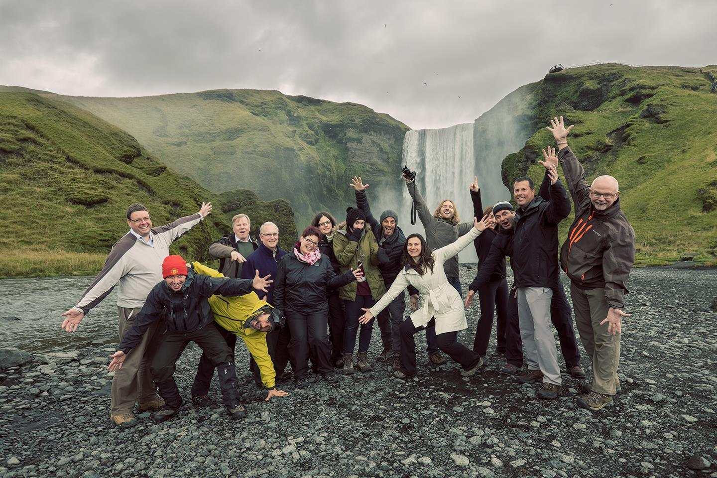 09-Iceland-tour-group-photo