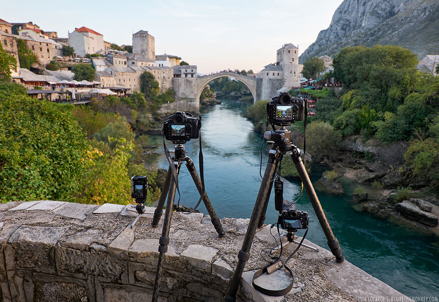10-Mostar-4-camera-shooting-stari-most-bridge