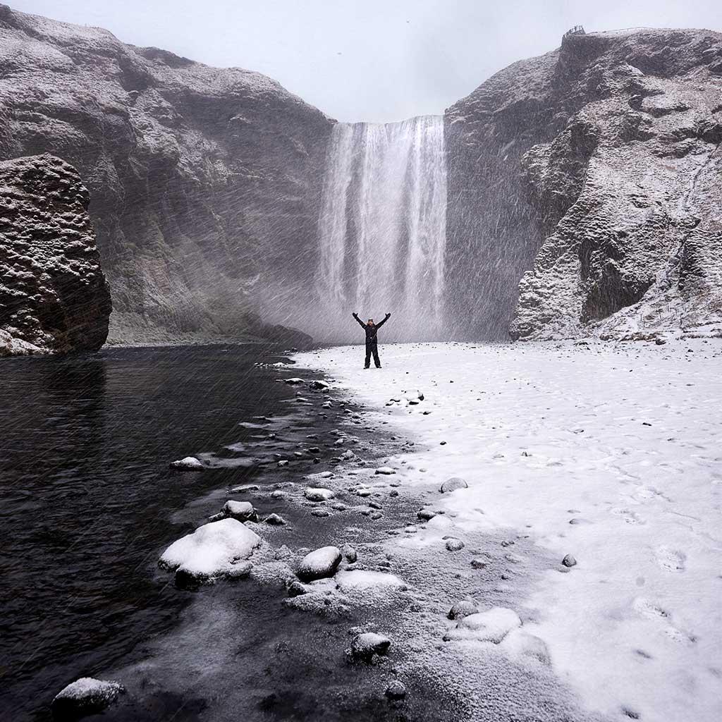 12-Skogafoss-Snow-Selfie-SQ-1025-50q