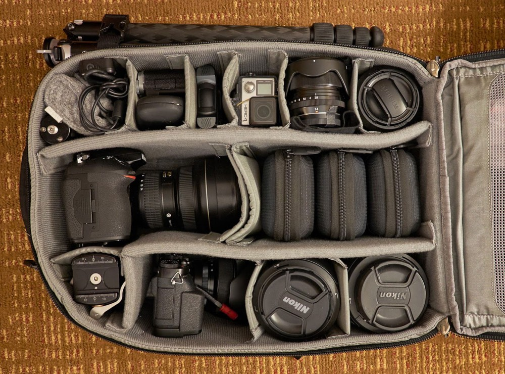 2015-01-05-ThinkTank-Backpack-Airport-Commuter-Packed-1440-60q-horizontal
