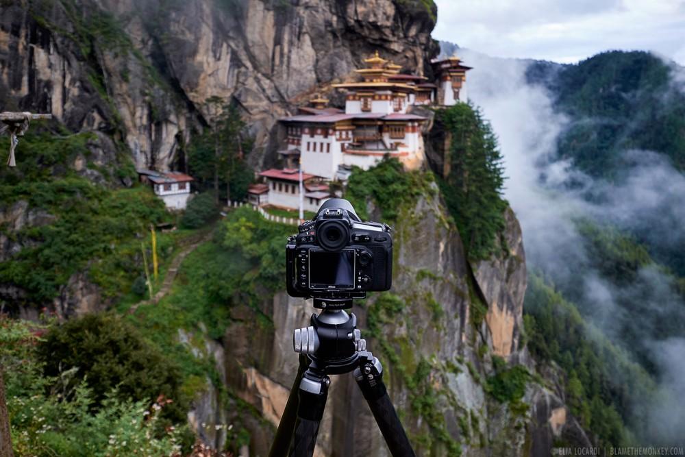 2015-09-01-Tigers-Nest-Bhutan--1440-60q